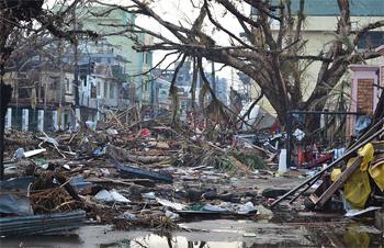 Devastation following Typhoon Haiyan