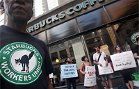 Starbucks workers protesting