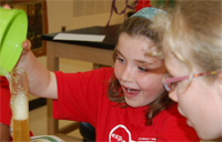 campers involved in science explorations summer camps