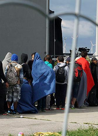refugees in line