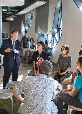 Governor speaks with students