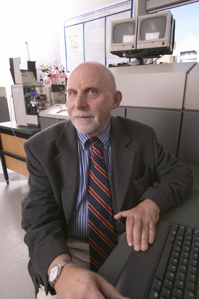Professor Ron Pearlman