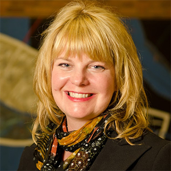 Dean of Libraries Joy Kirchner