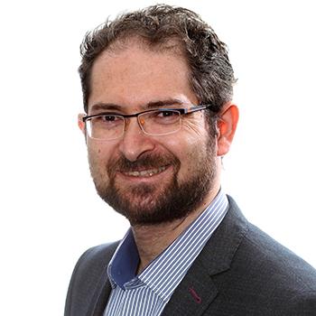 Headshot of Yan Shvartzshnaider